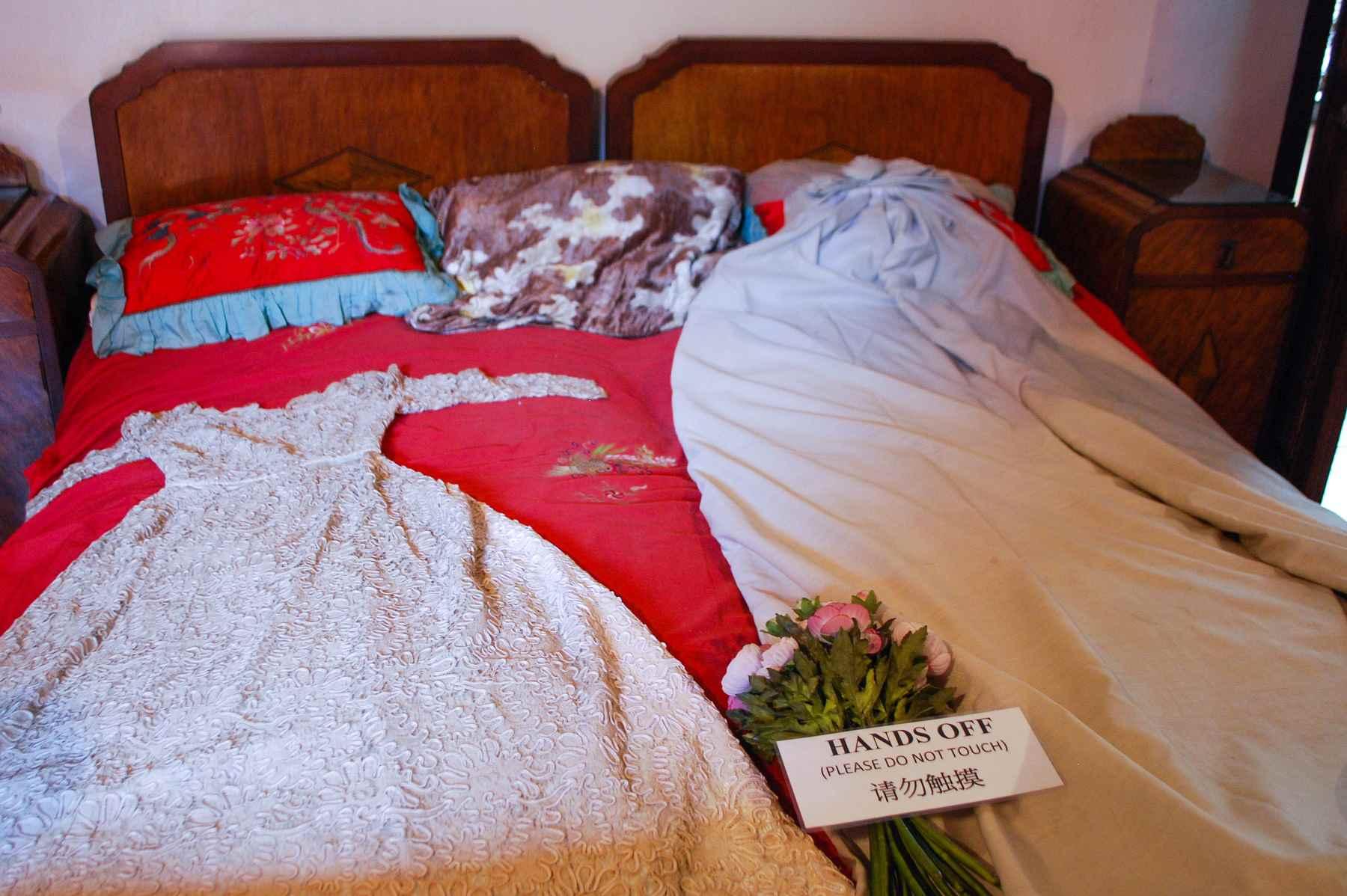 Bridal gown, Peranakan Museum, Penang