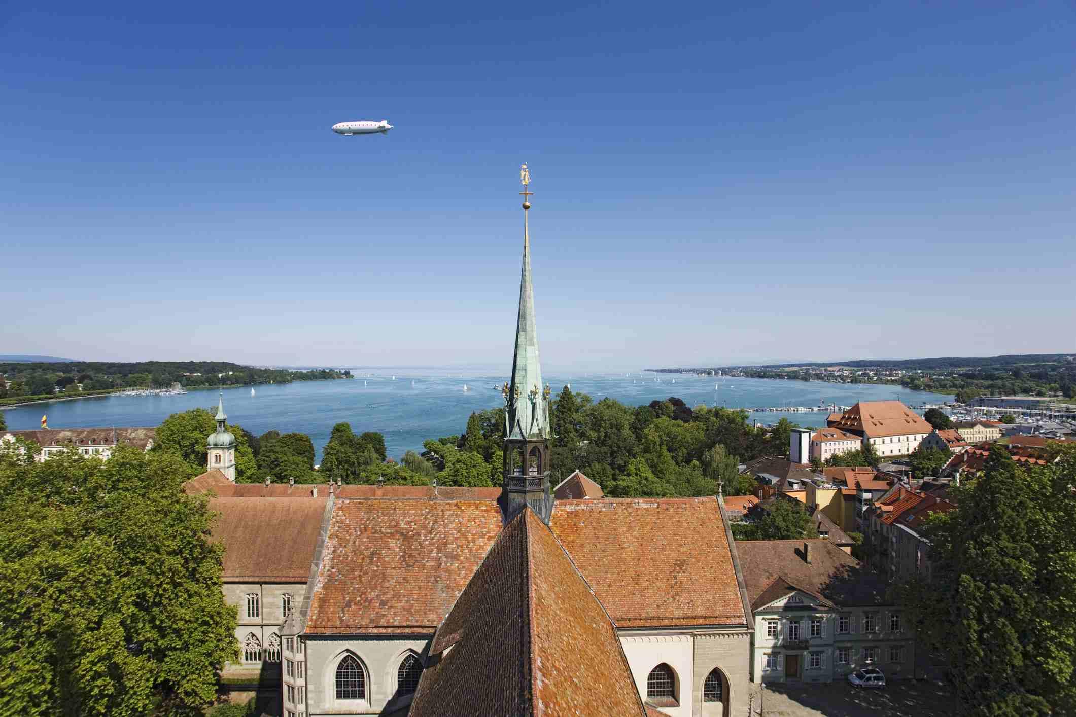 Zepplin over Konstanz