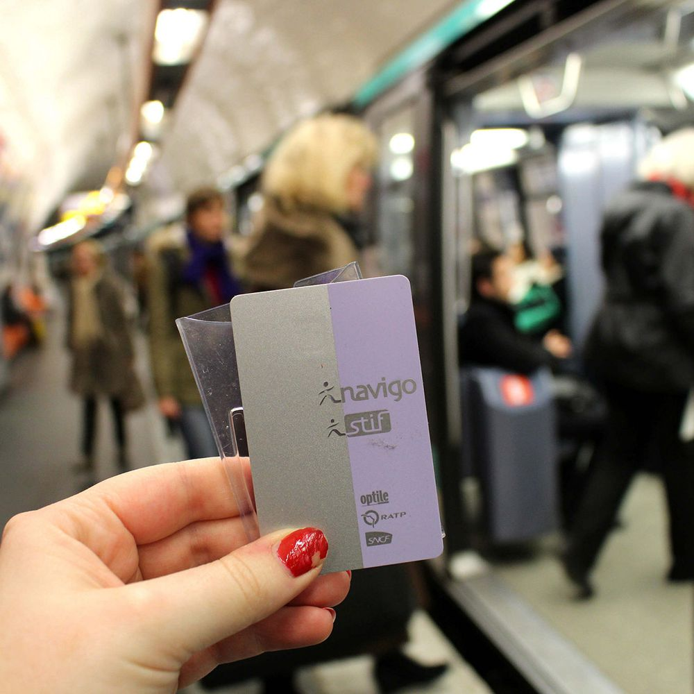 How to Travel Around Paris Like a Local