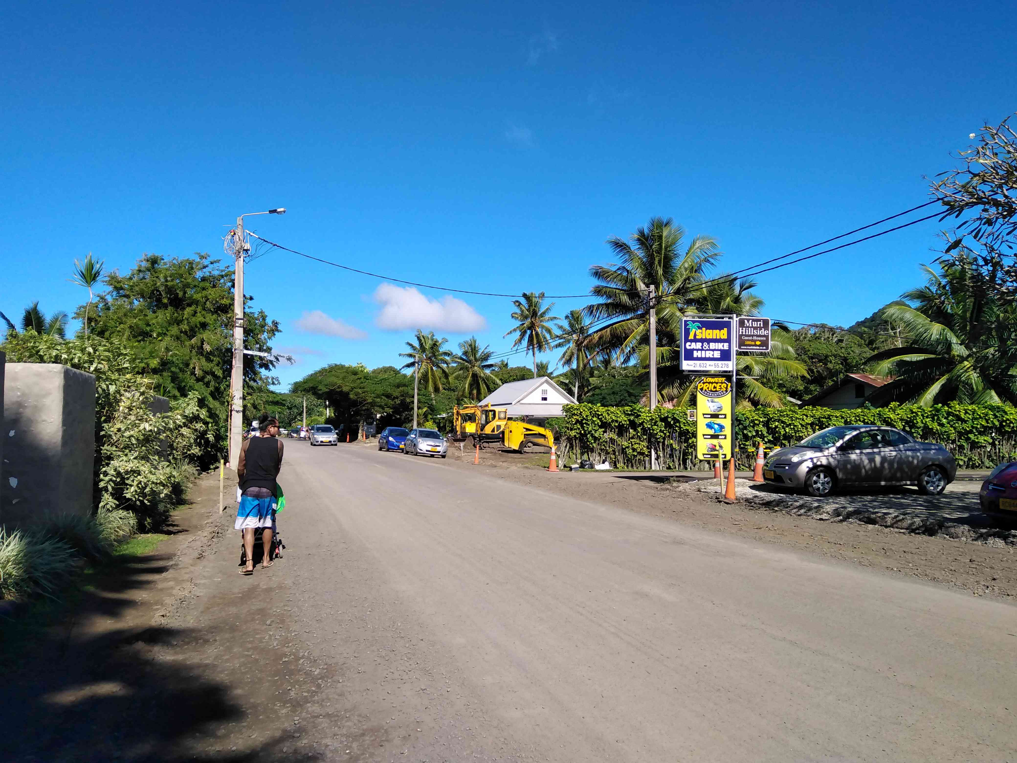 The quiet roads of Rarotonga