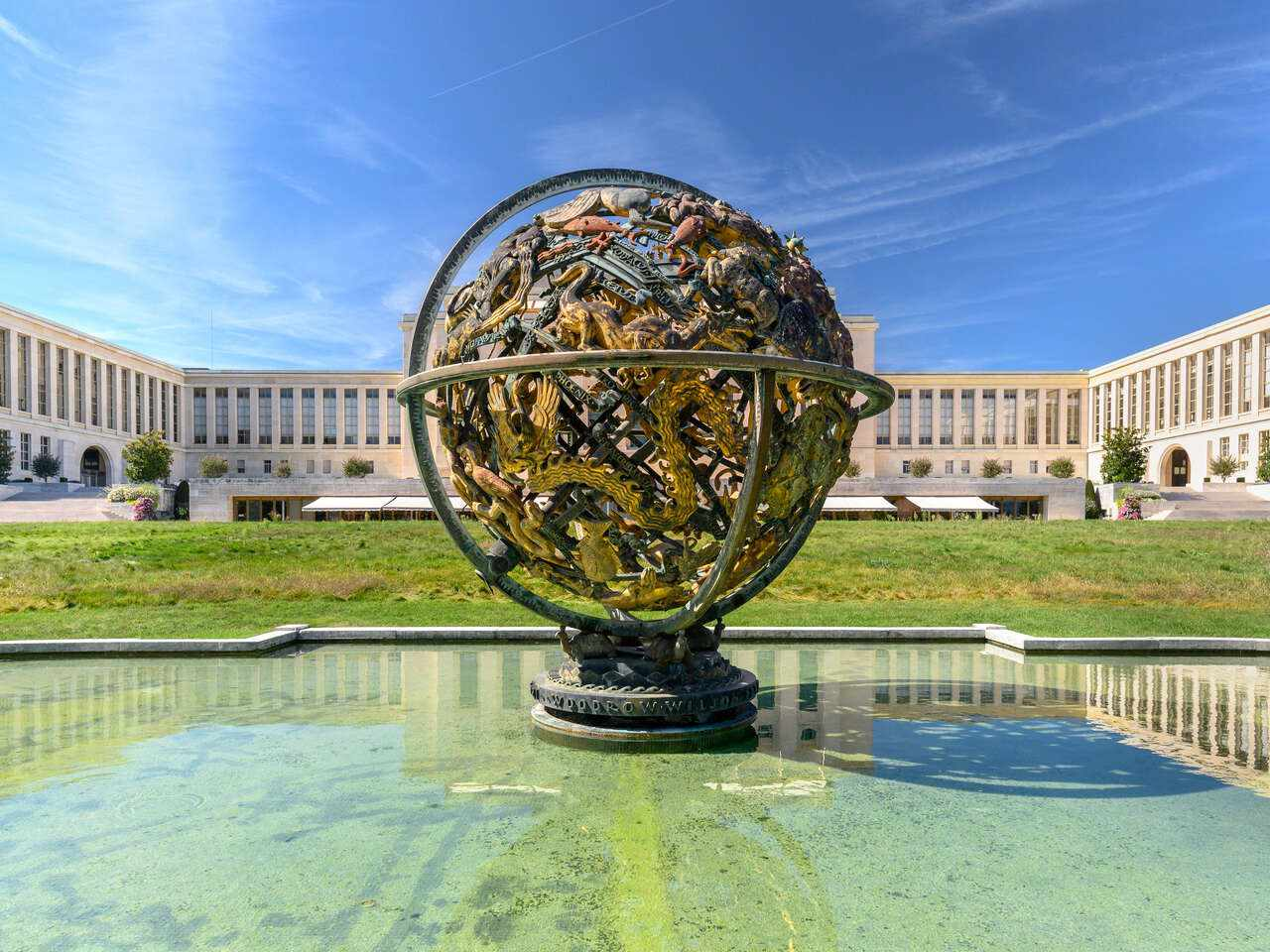 Globe sculpture in front of the Palais des Nations