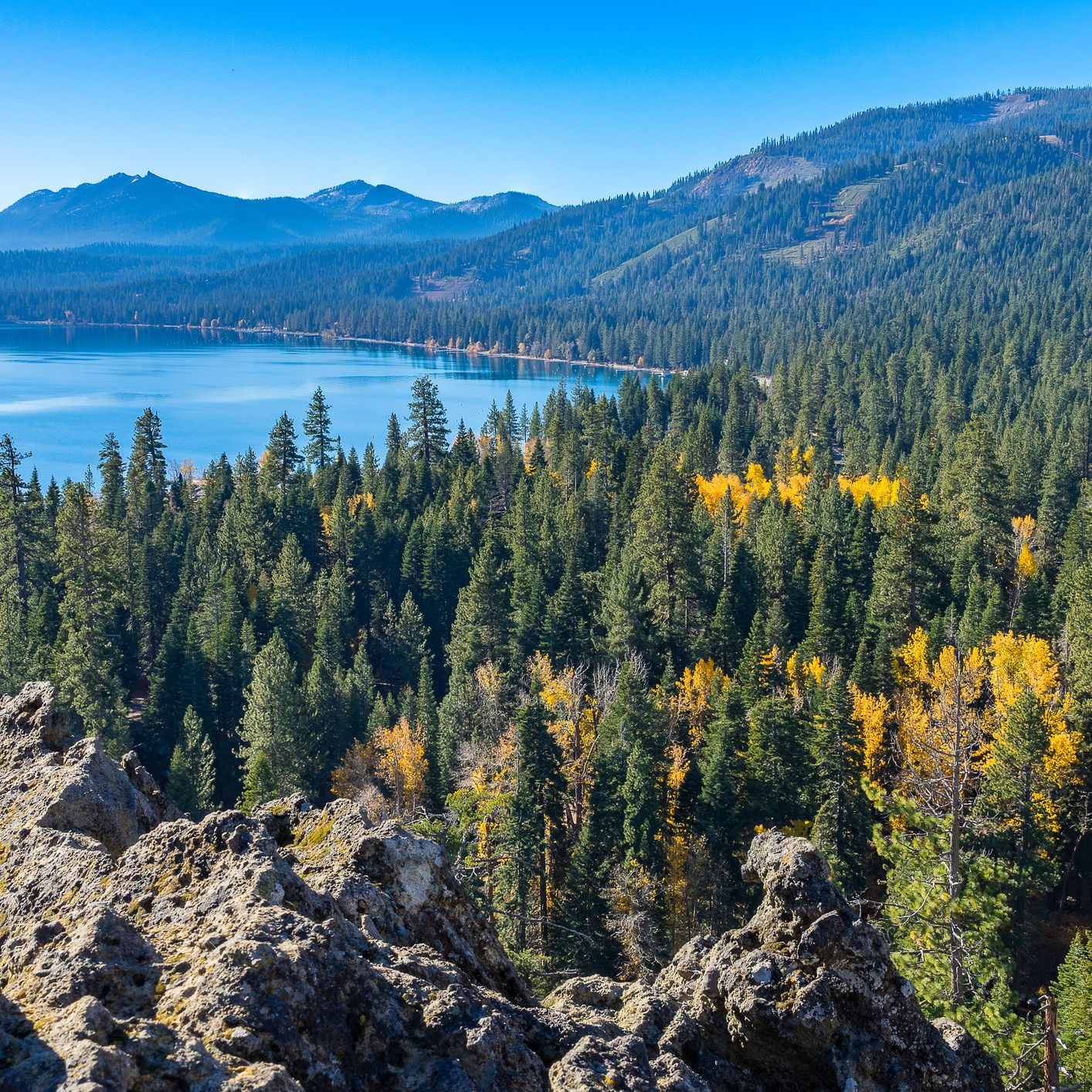 Fall in Lake Tahoe: Weather, What to Pack, and What to See