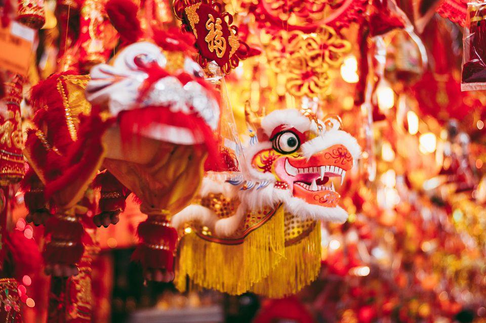 Decoraciones y adornos tradicionales del Dragón