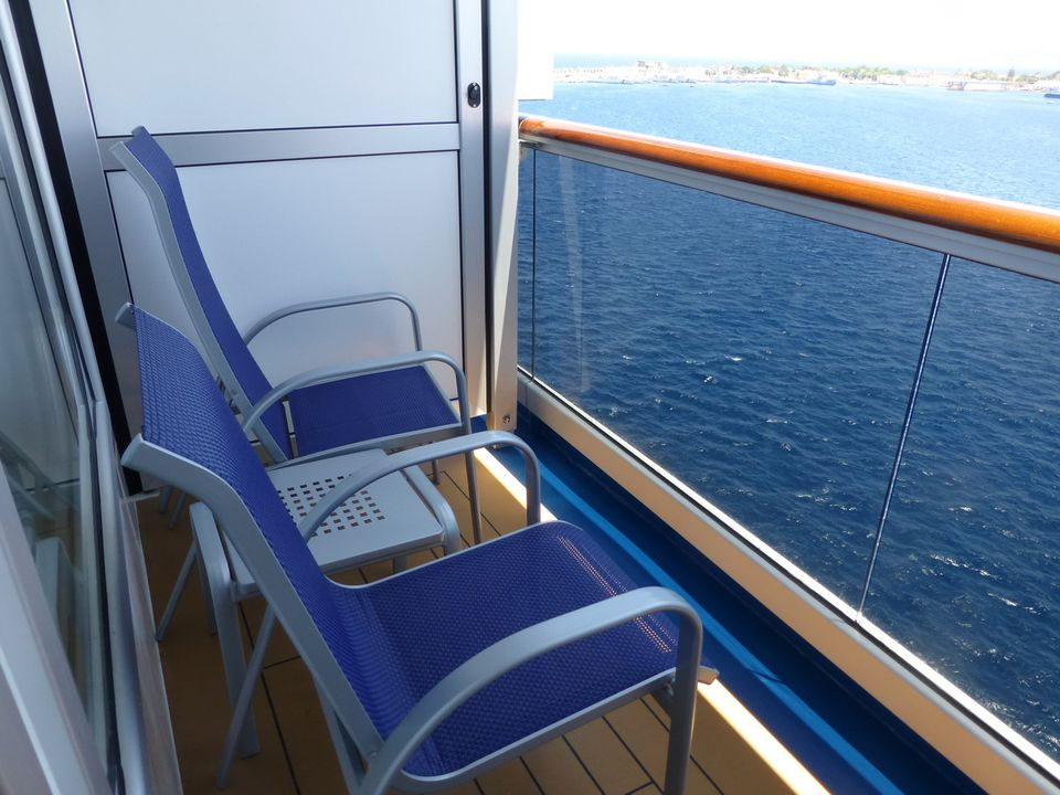 Carnival Breeze S Balcony Cabins