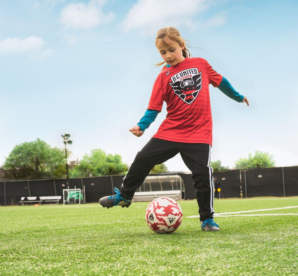 Girl at soccer Spring Break Camp