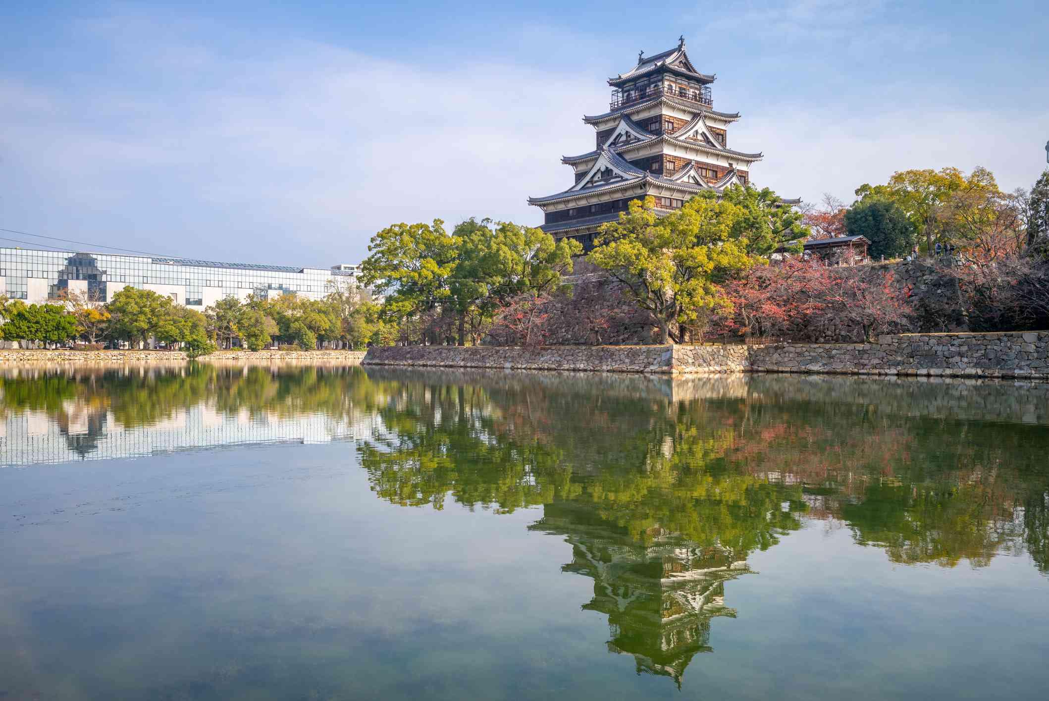 Hiroshima Castle (Carp Castle) and a reflection pool in Hiroshima, Japan