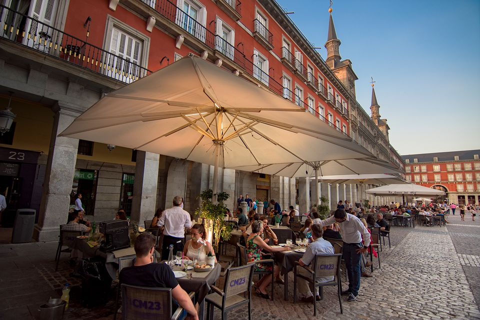 How To Know If A Restaurant Is Scamming You In Spain