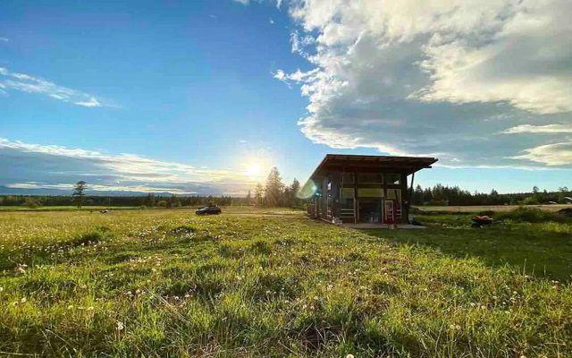 Secluded 1-Bedroom Cabin Near Ronan