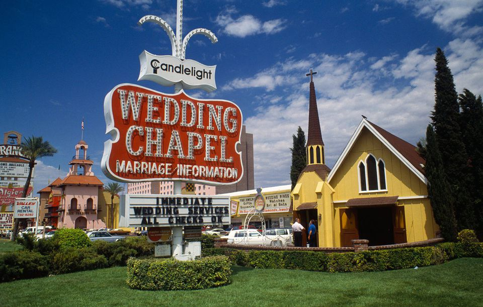 Candelight Wedding Chapel Las Vegas.