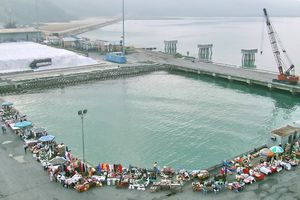 Chan May, Vietnam - Dock with Vendors