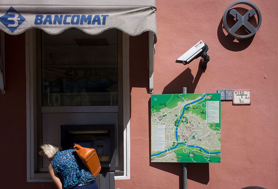 Tips for Using ATM Cards in Italy