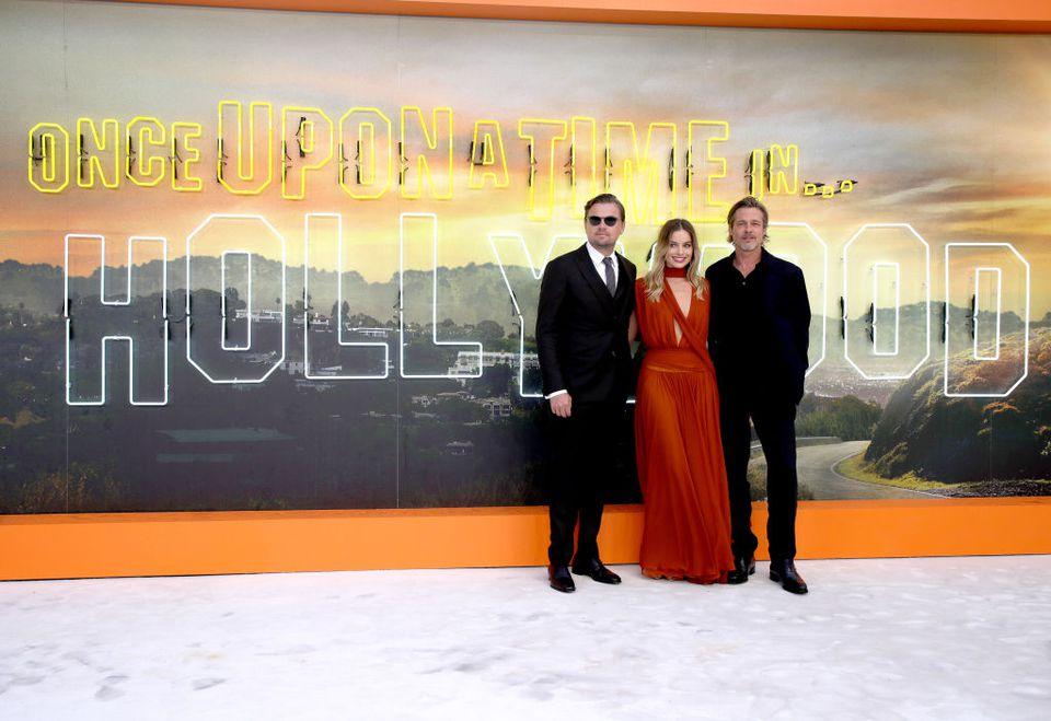 Leonardo Dicaprio, Brad Pitt y Margot Robbie en el estreno en el Reino Unido