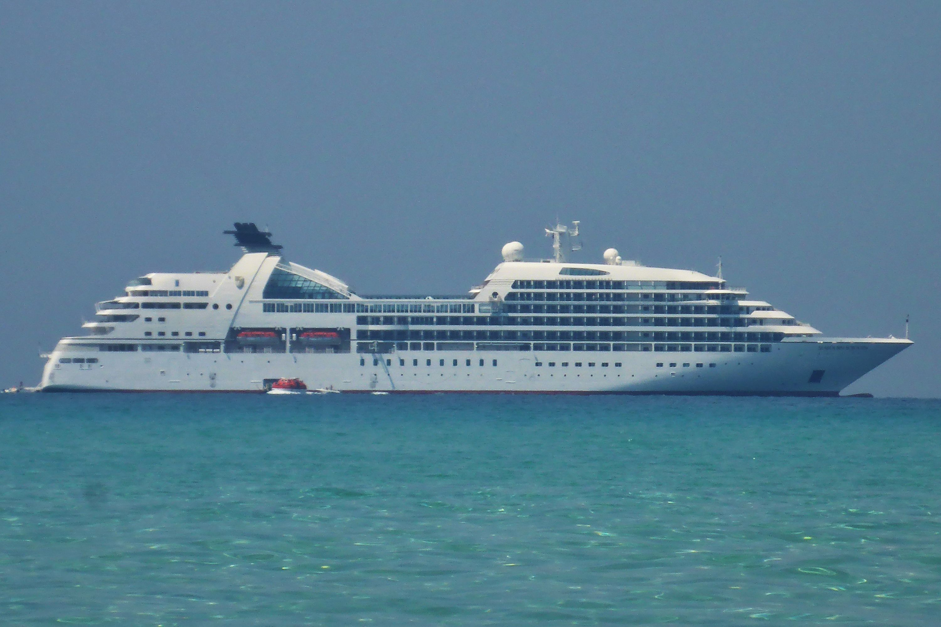 Seabourn Sojourn Cruise Ship Profile And Photo Tour