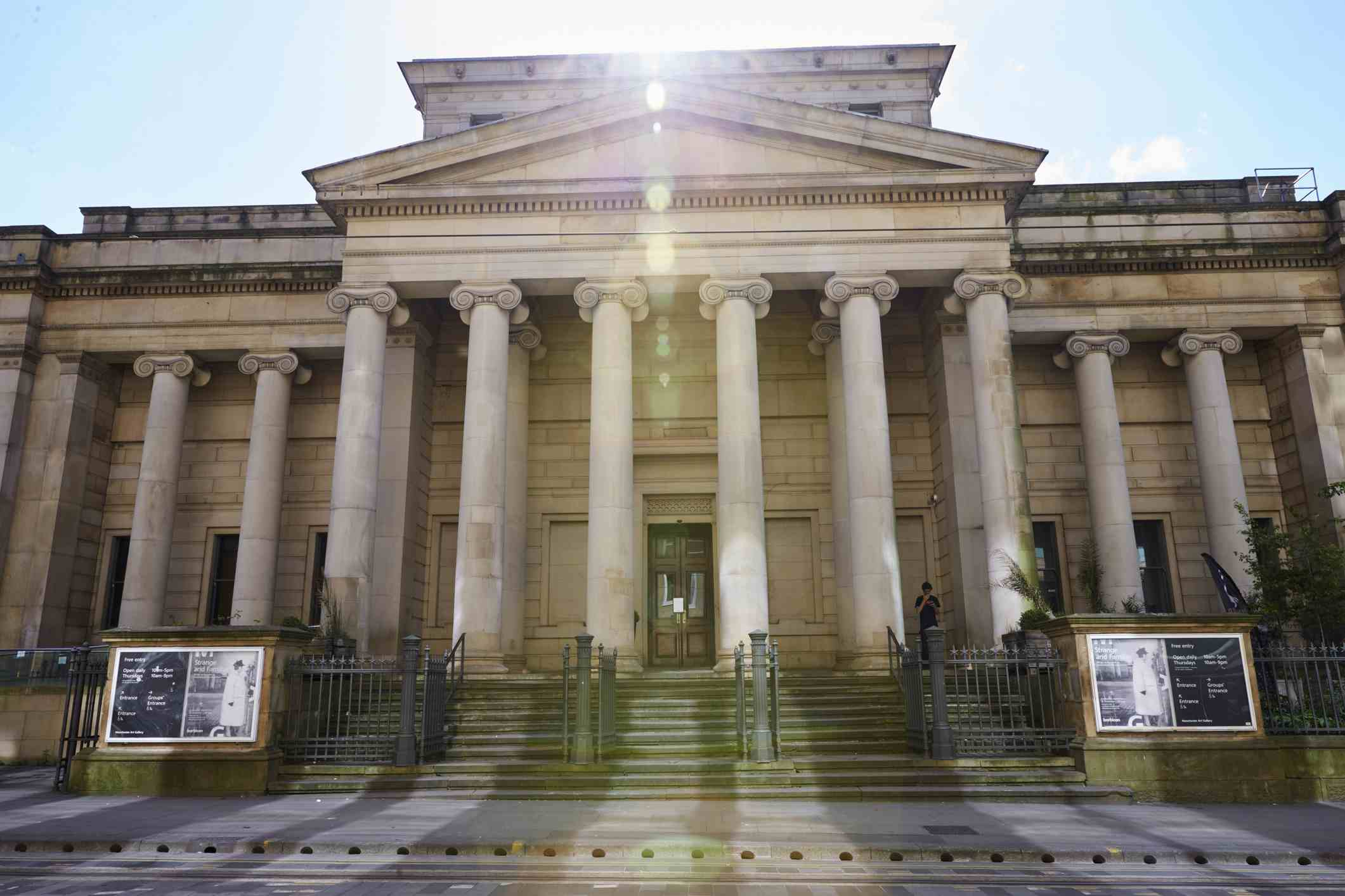 Exterior Of The Manchester Art Gallery