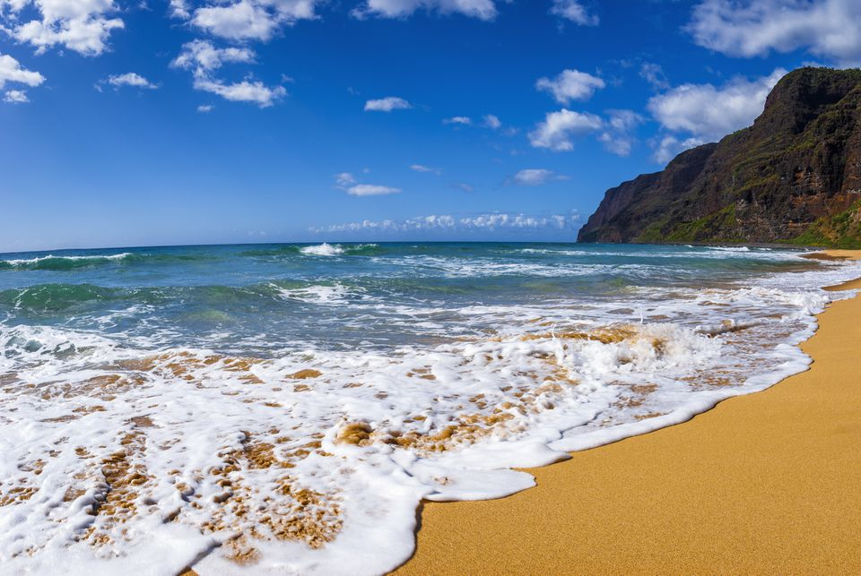 Surf and sand at Polihale Beach, Polihale State Park, Island of Kauai