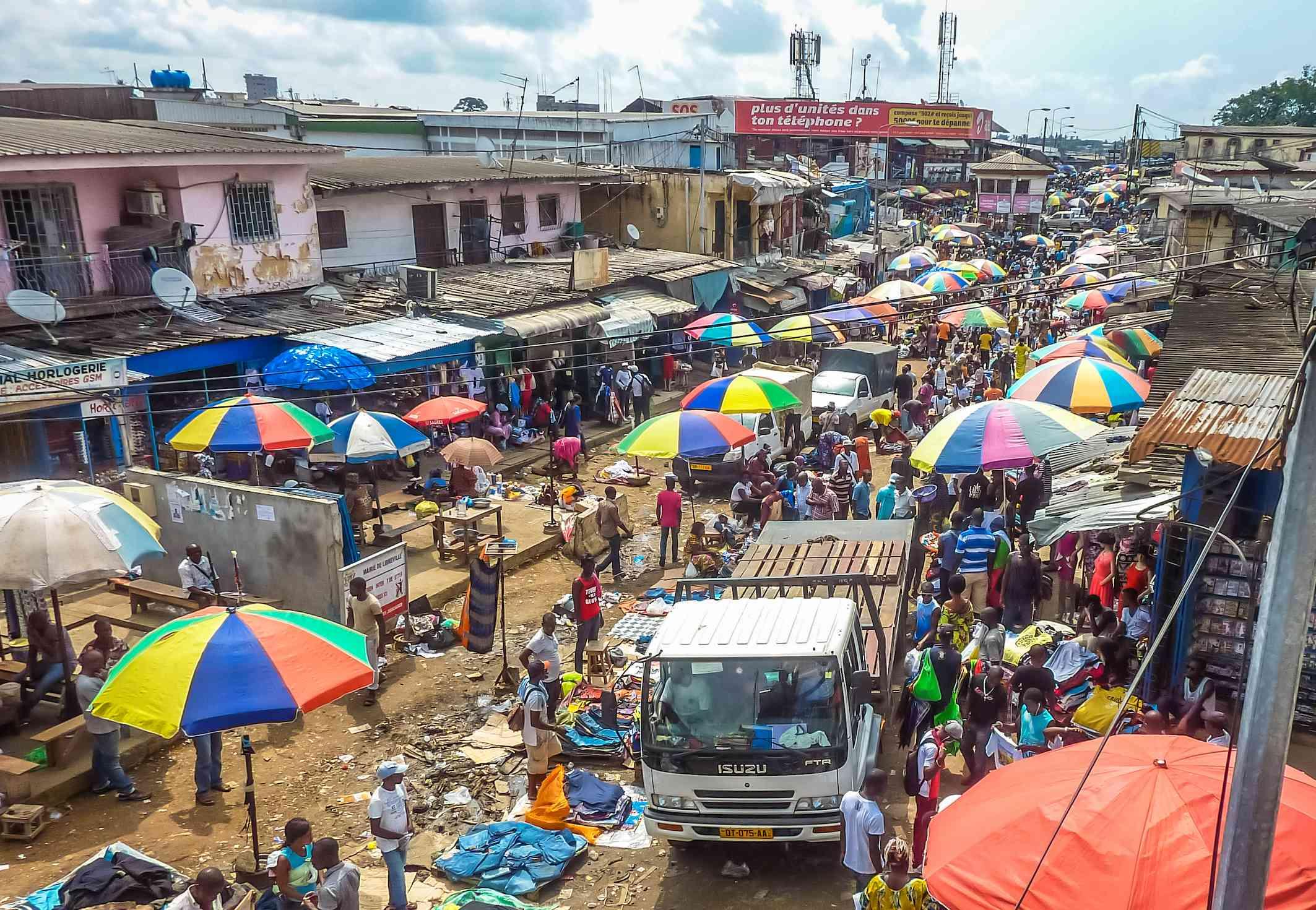 Crowded street scene in Nairobi, Kenya