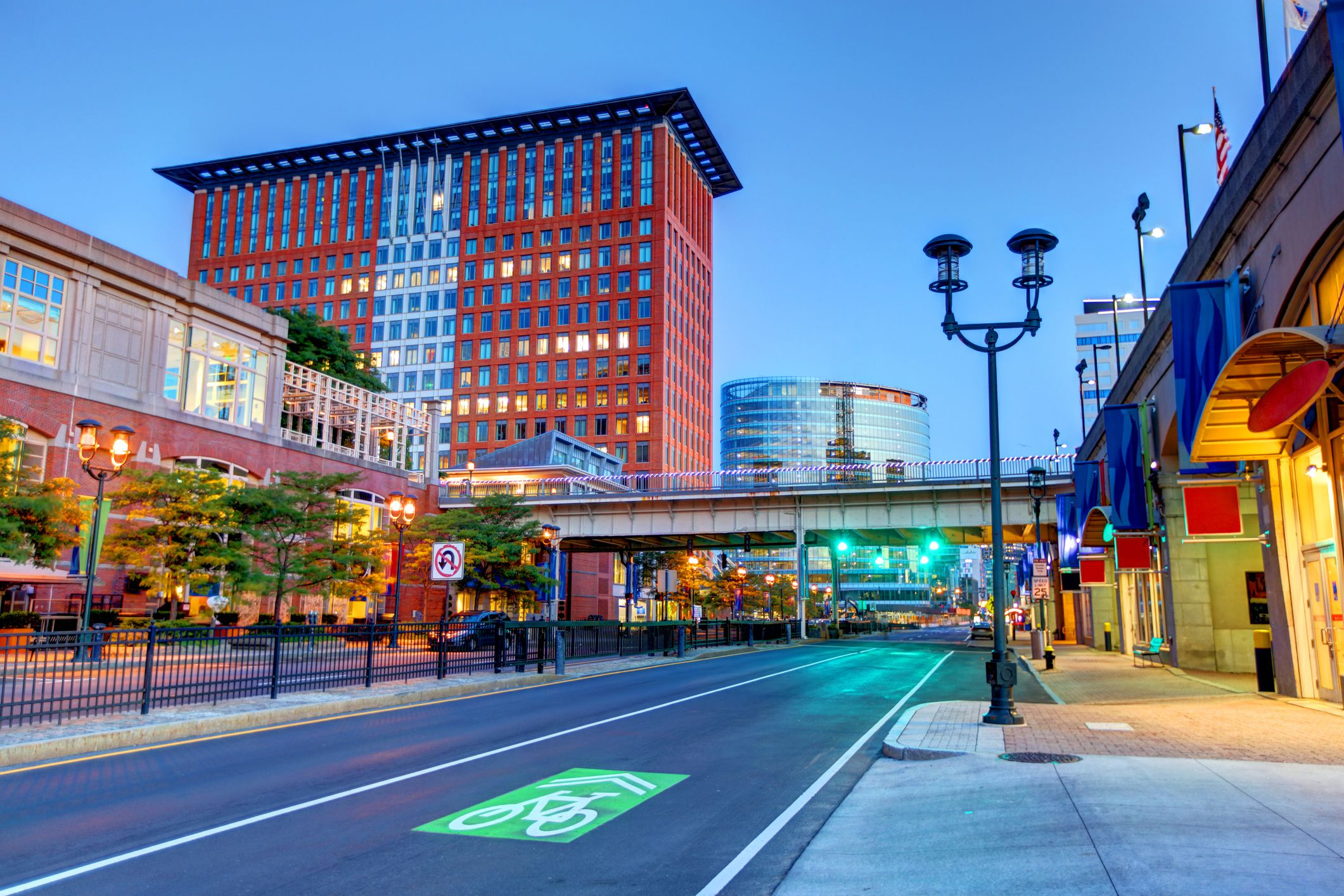 The Best Things To Do In Boston S Seaport Neighborhood