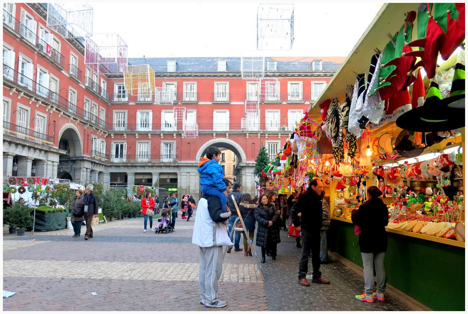 Christmas market at Plaza Mayor in Madrid