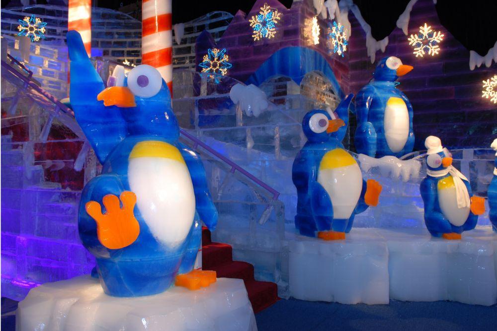 Ice dancing penguins