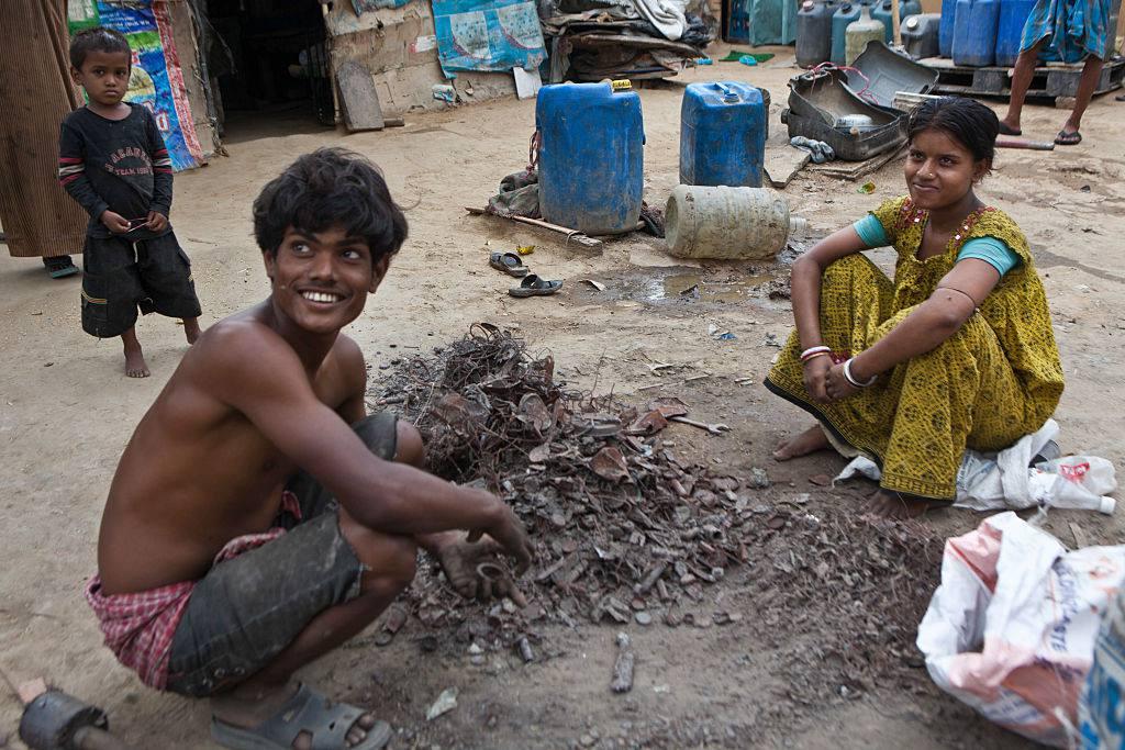 People in a Delhi slum.