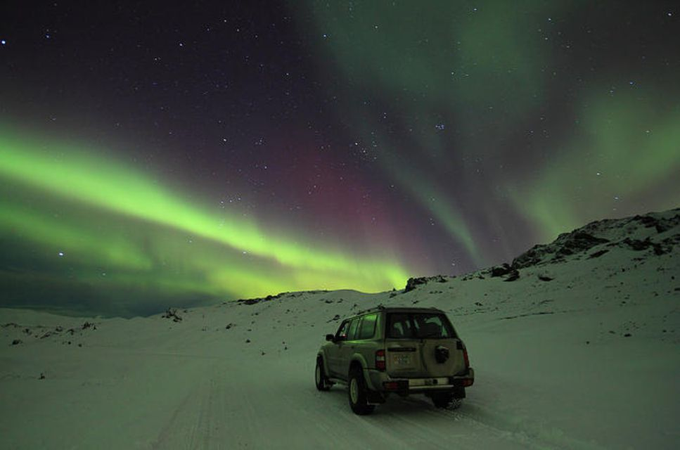 Golden Circle Afternoon and Northern Lights Tour from Reykjavik