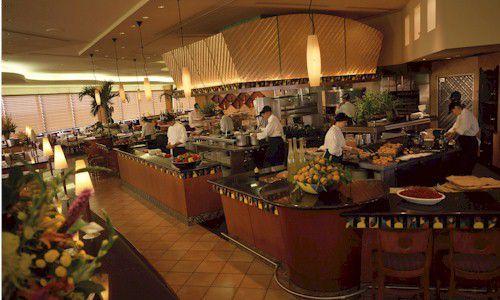 Dining At Disney Hotels