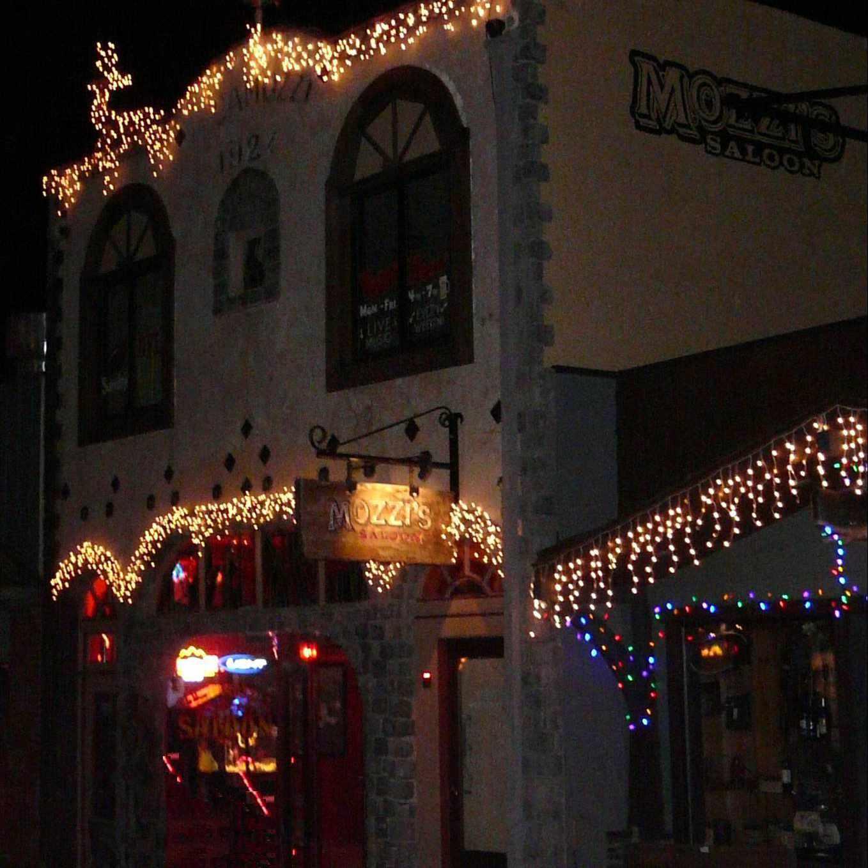 California dive bar