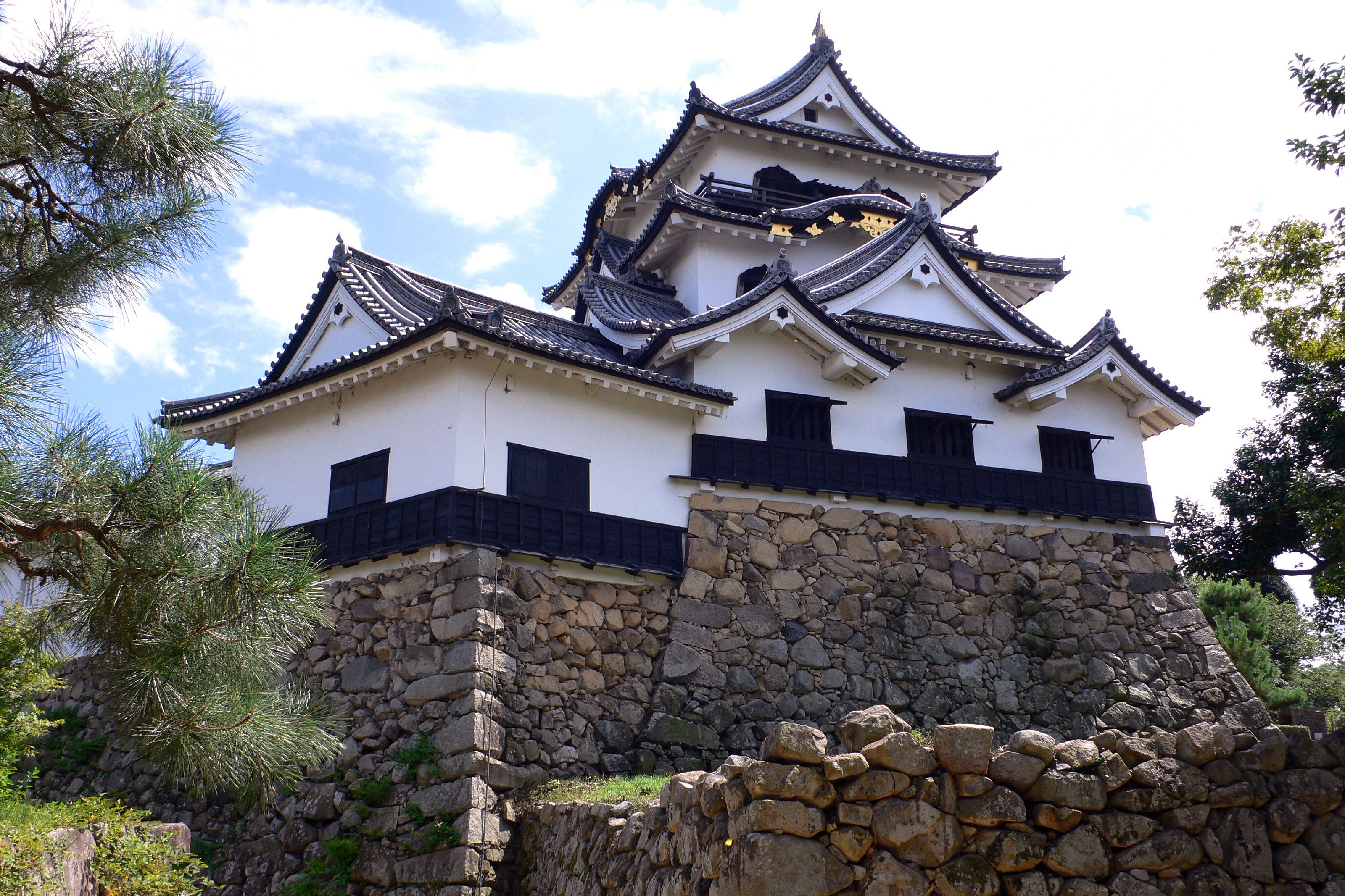 Top 12 Oldest Castles in Japan: Keeps That Stood the Test of Time