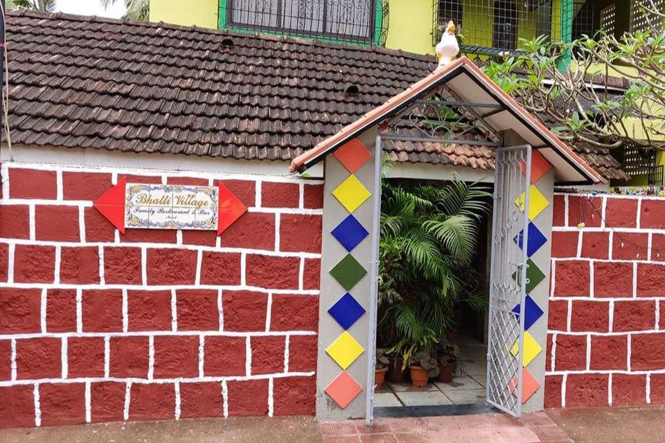 Bhatti Village Bar and Restaurant