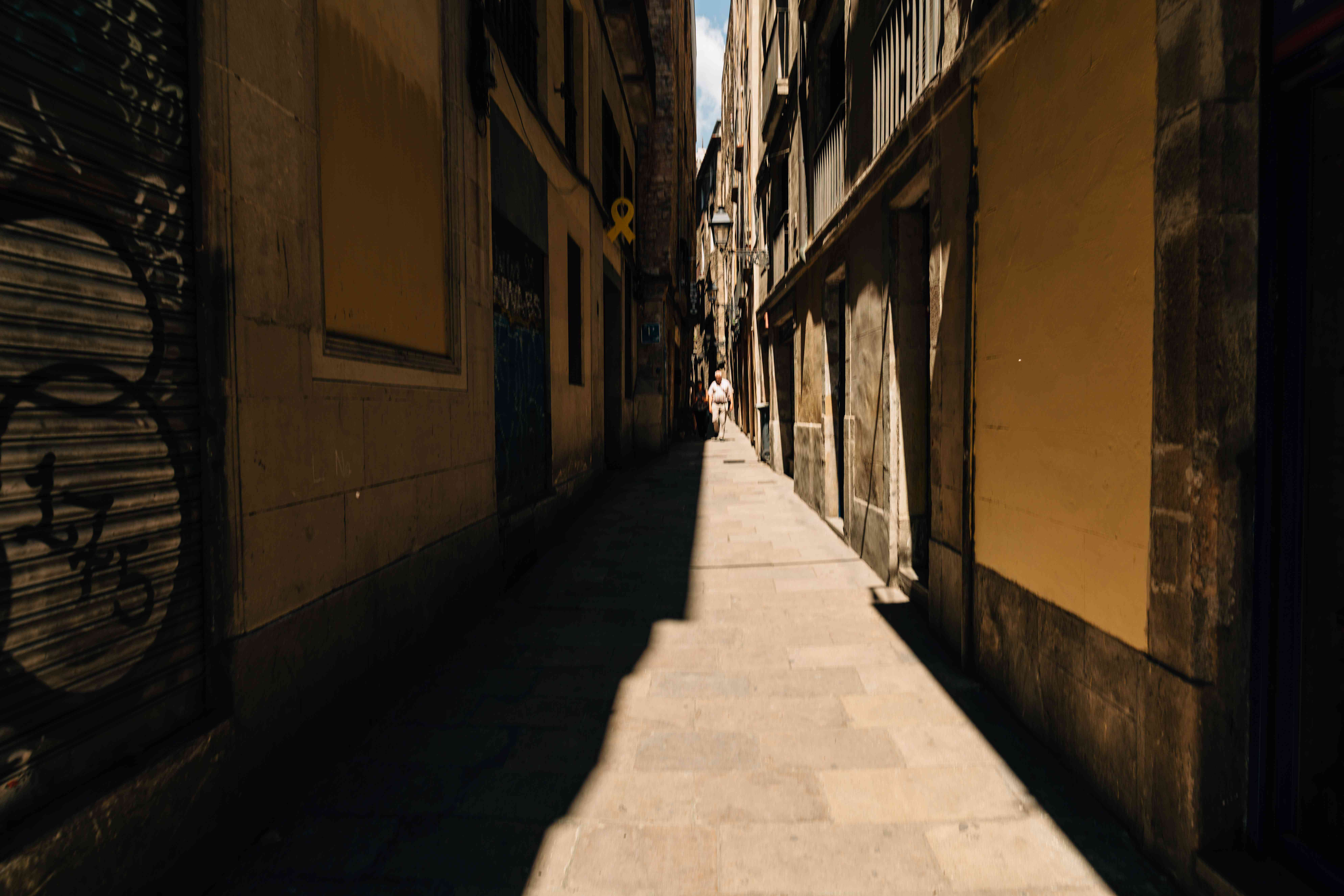 Alleyways in gothic quarter