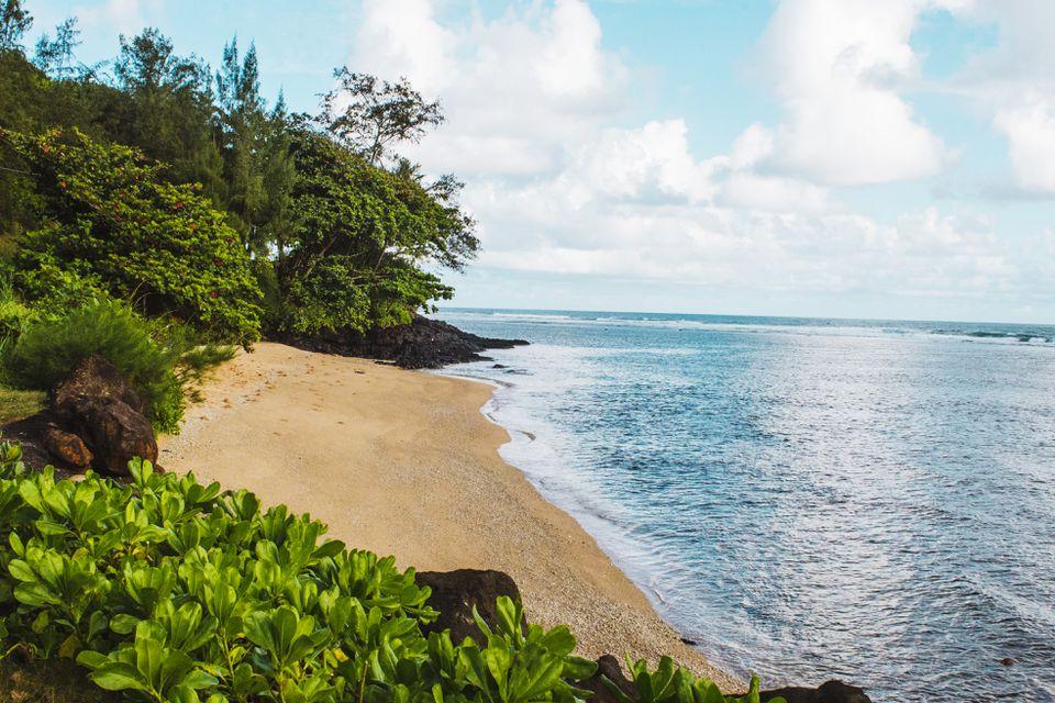 Playa Anini en la costa norte de Kauai