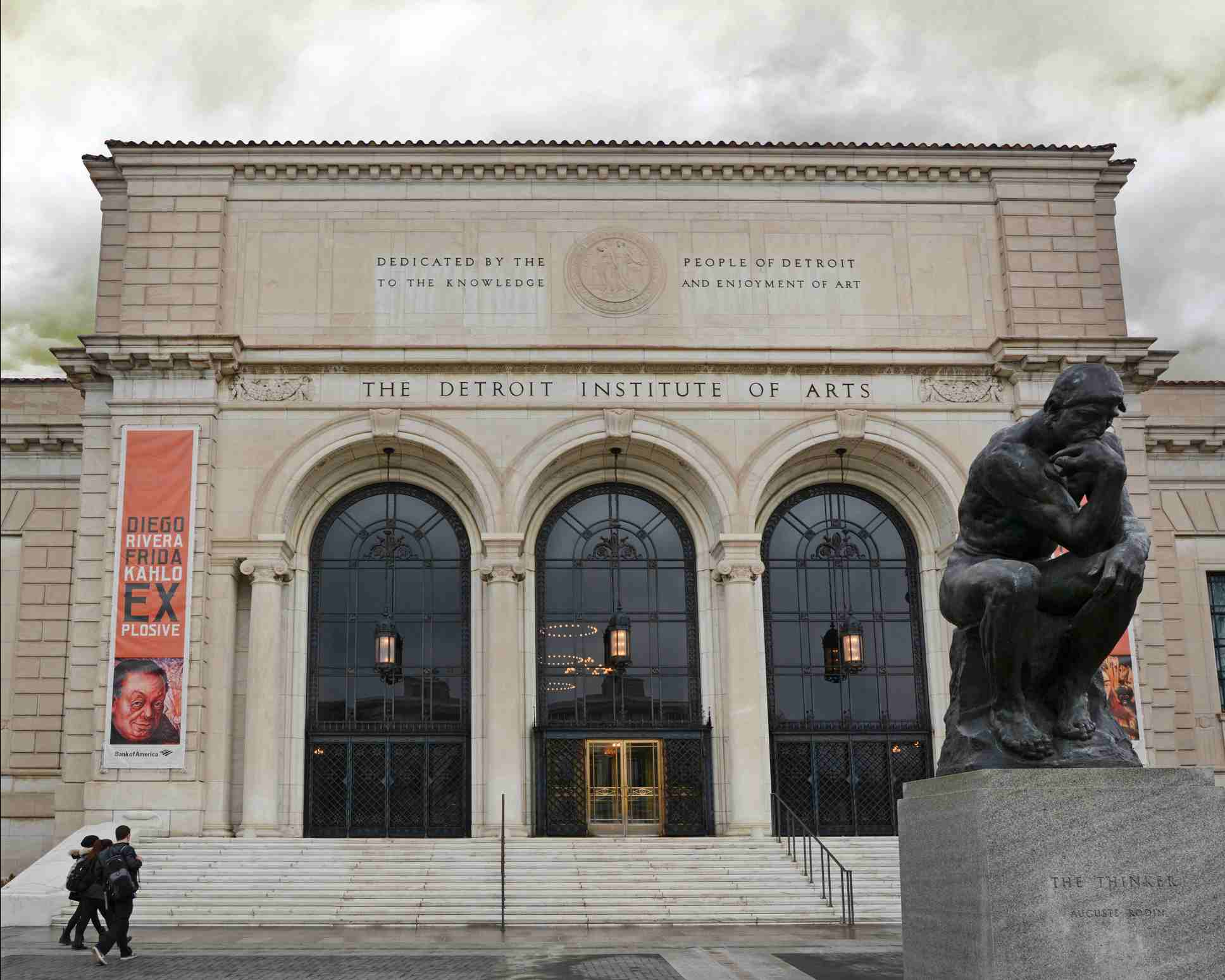 The entrance to the Detroit Institute of Arts (DIA)