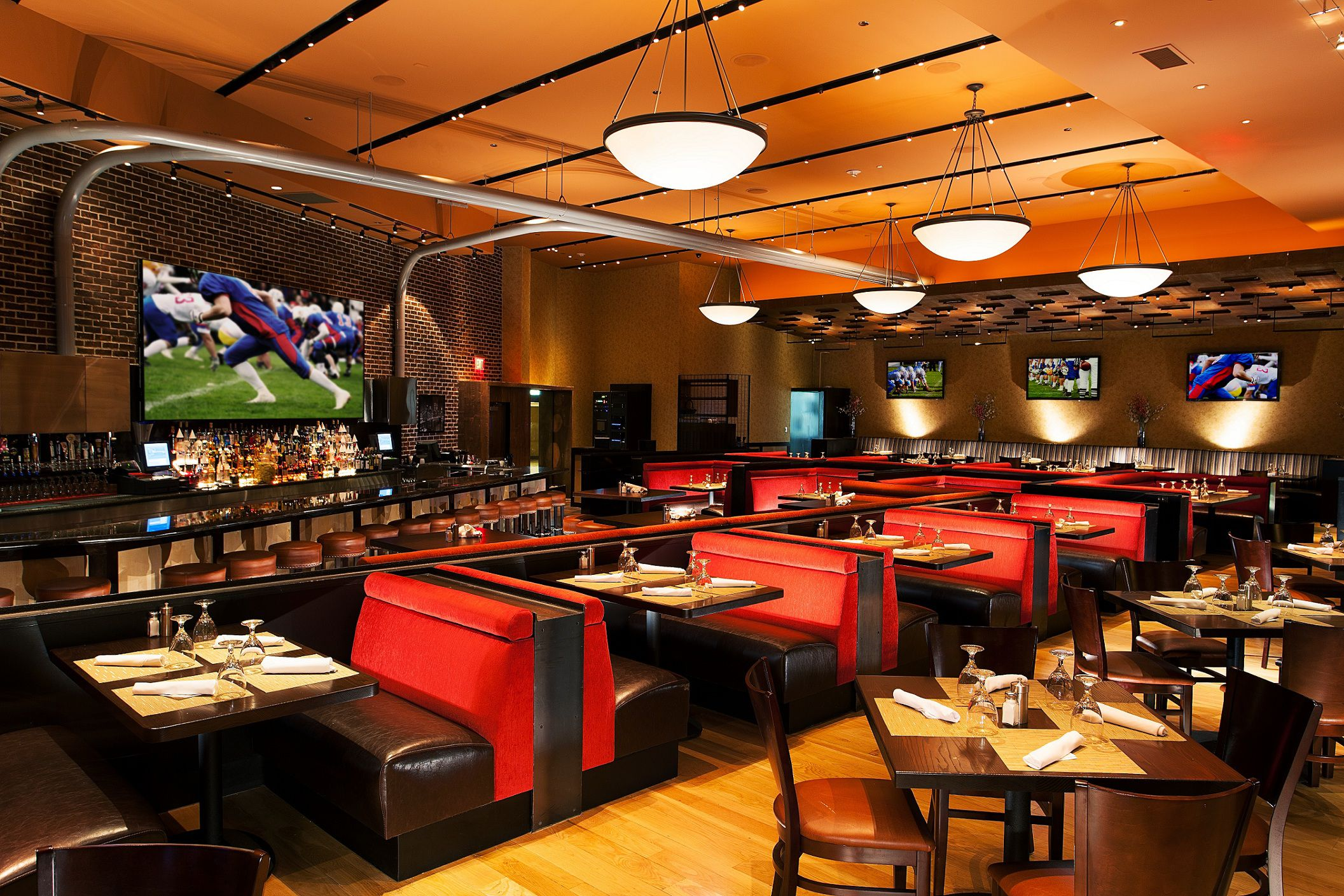 14 Great Places To Watch Football In Las Vegas