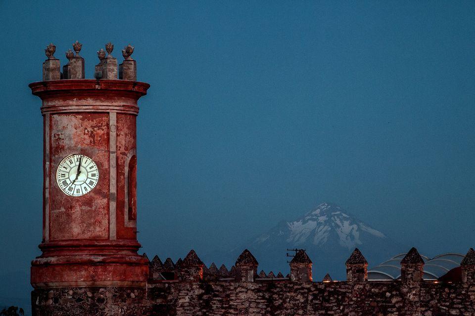 Cortez Palace & Popocatepetl Volcano, Mexico