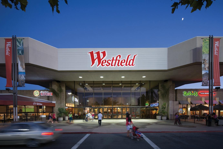 Westfield Parkway Plaza Regional Mall
