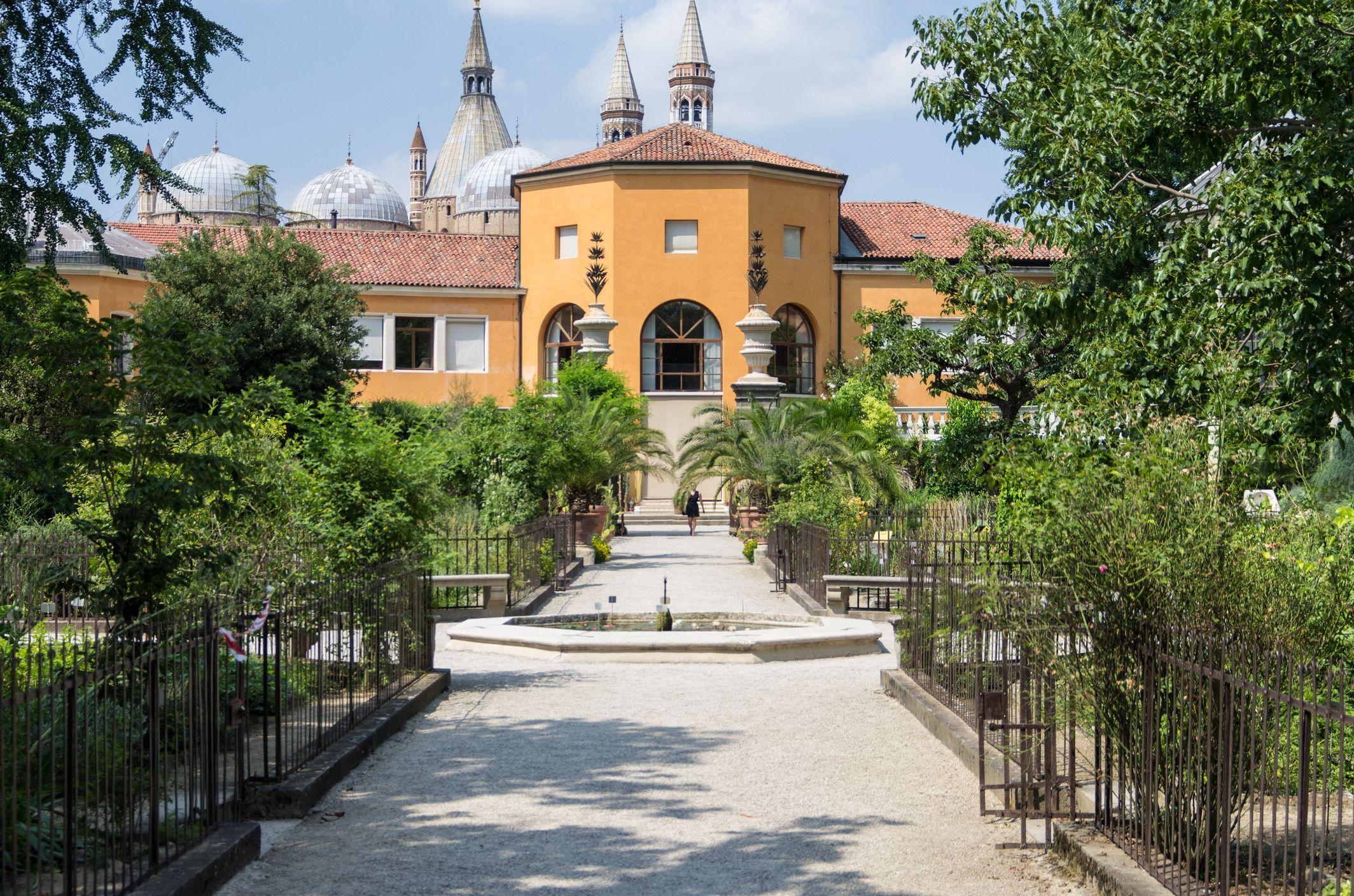 Favorite Gardens To Visit In Europe