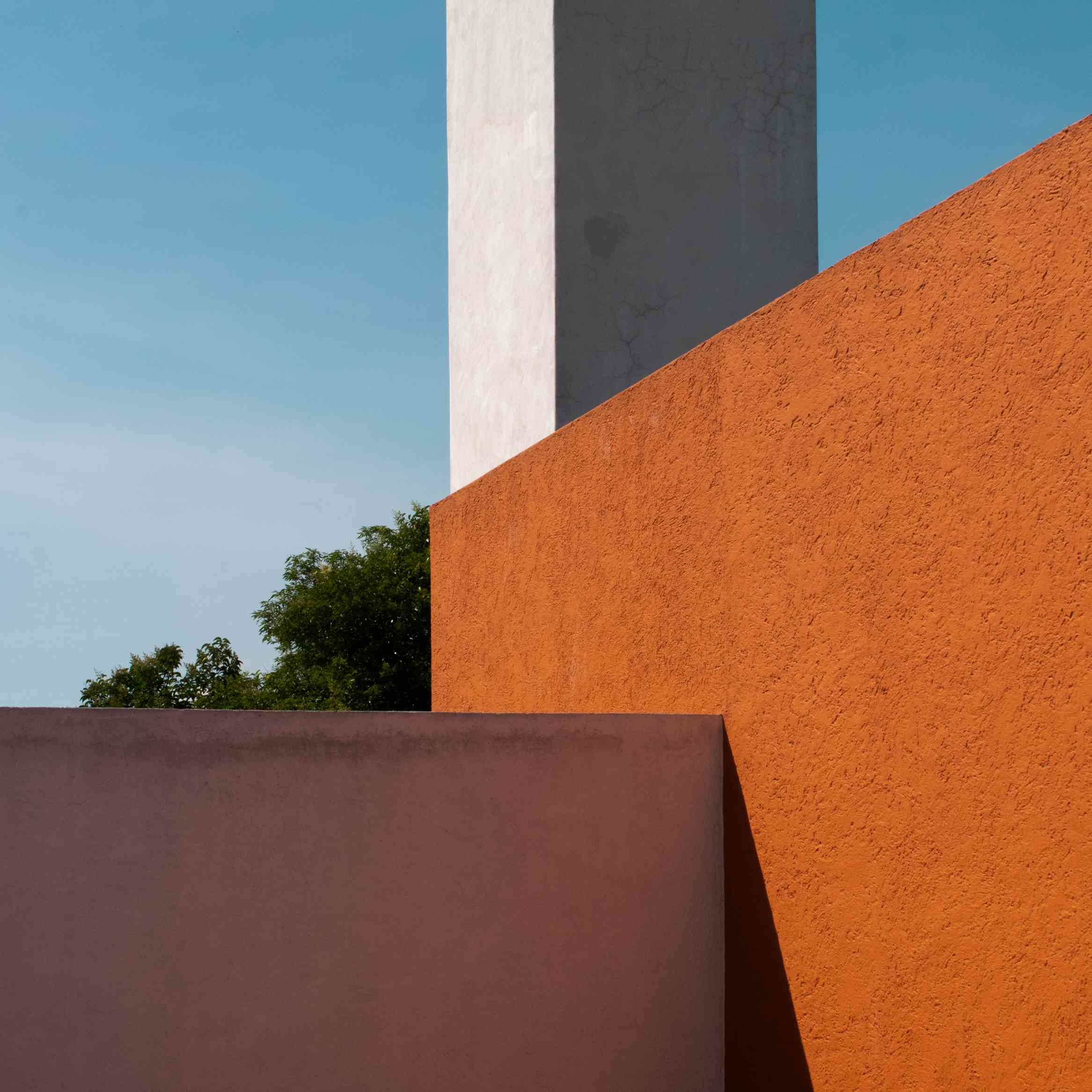 10 Beautiful Minimalist Buildings Around The World