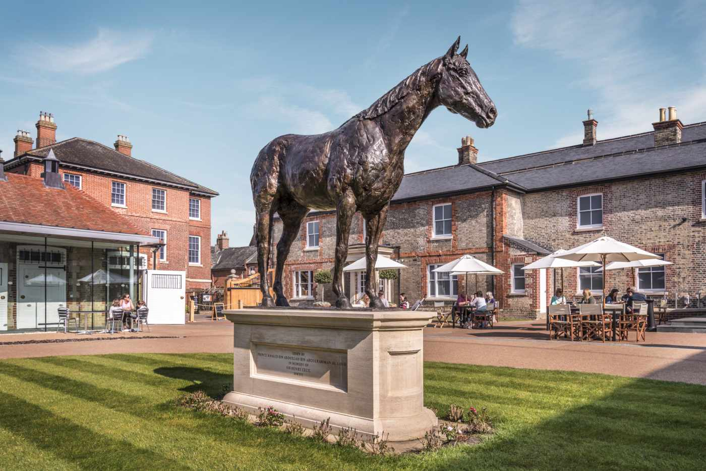 Frankel statue at National Horse Racing Museum
