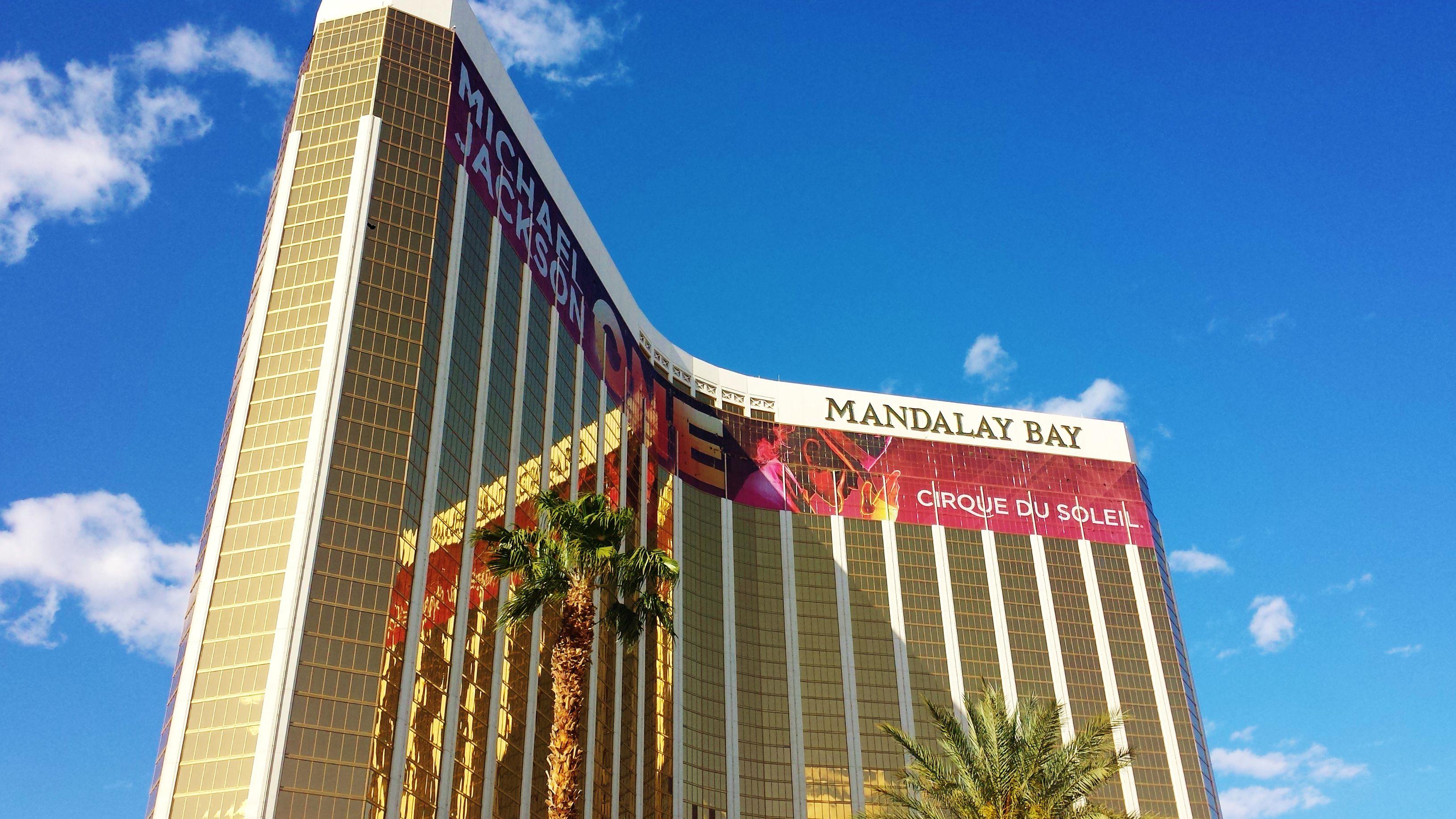 Mandalay Place Shopping At Mandalay Bay Las Vegas