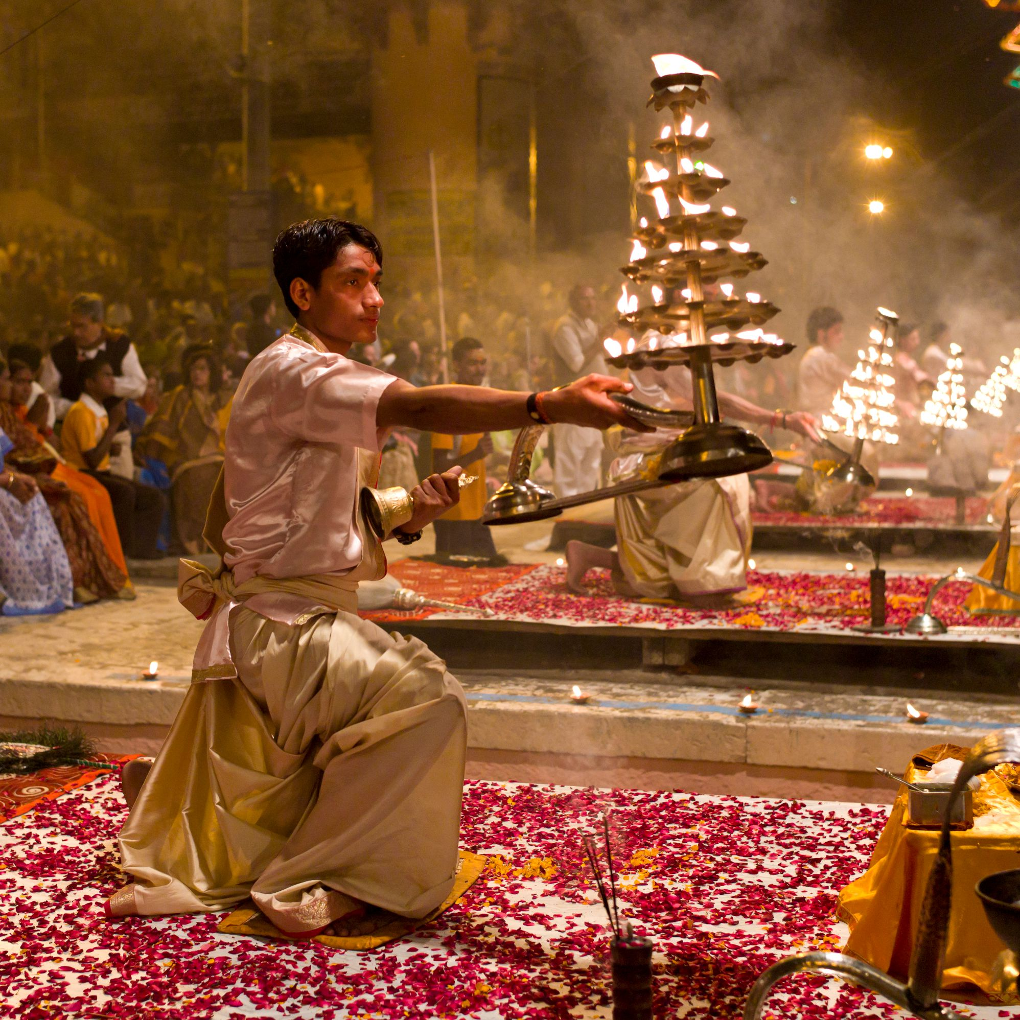 Essential Guide to the Ganga Aarti in India