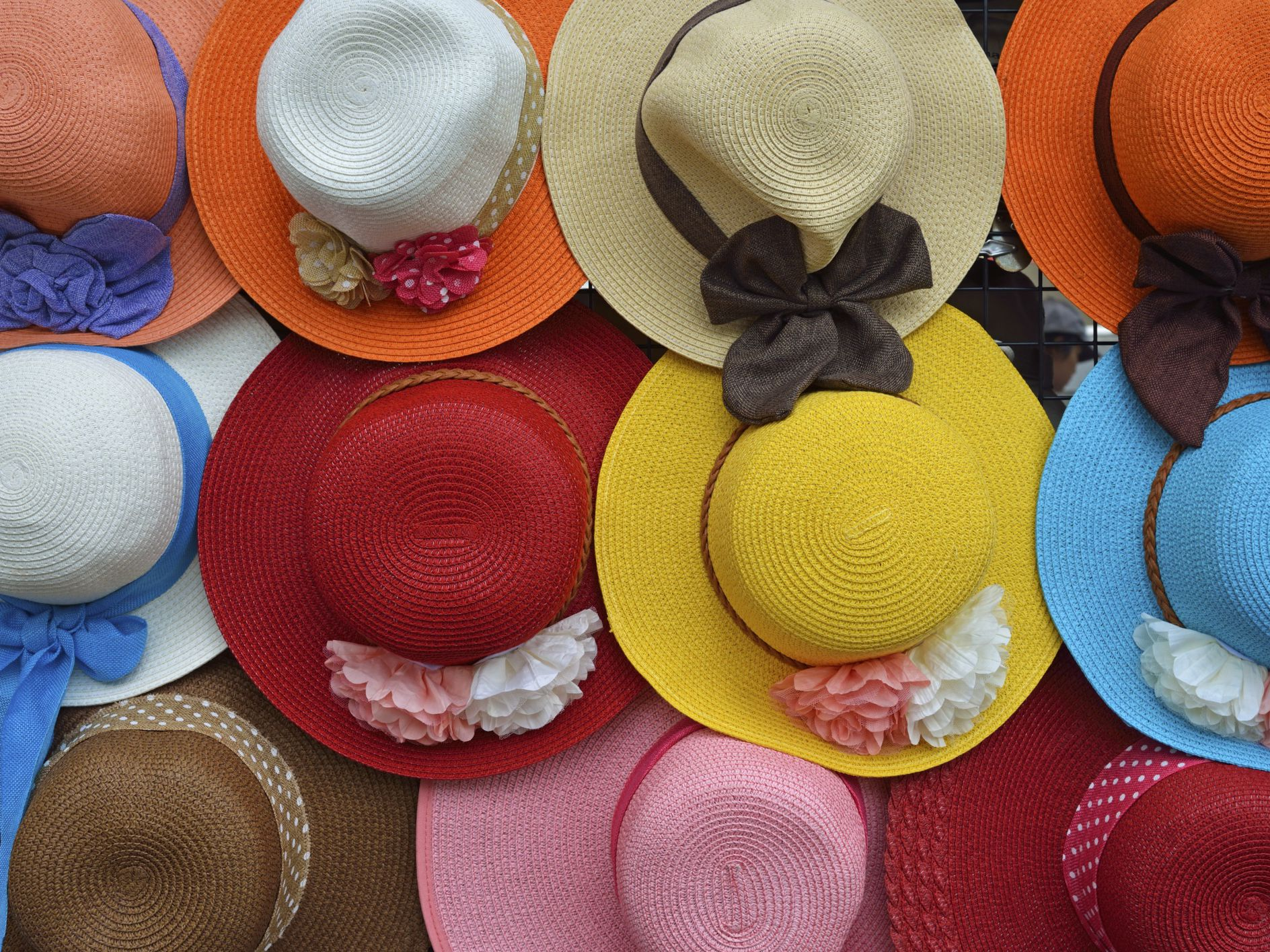 a9b7a1c4be1f4 How to Make Your Own Kentucky Derby Hat