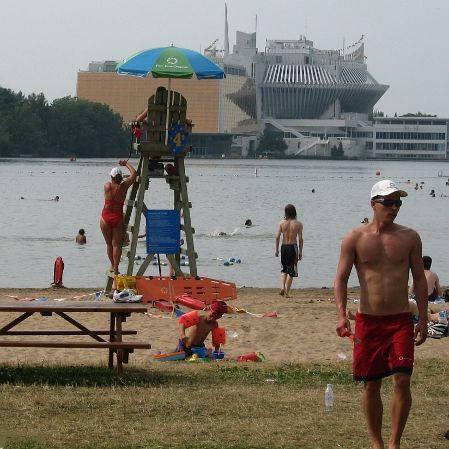 montreal beach plage dore parc jean drapeau