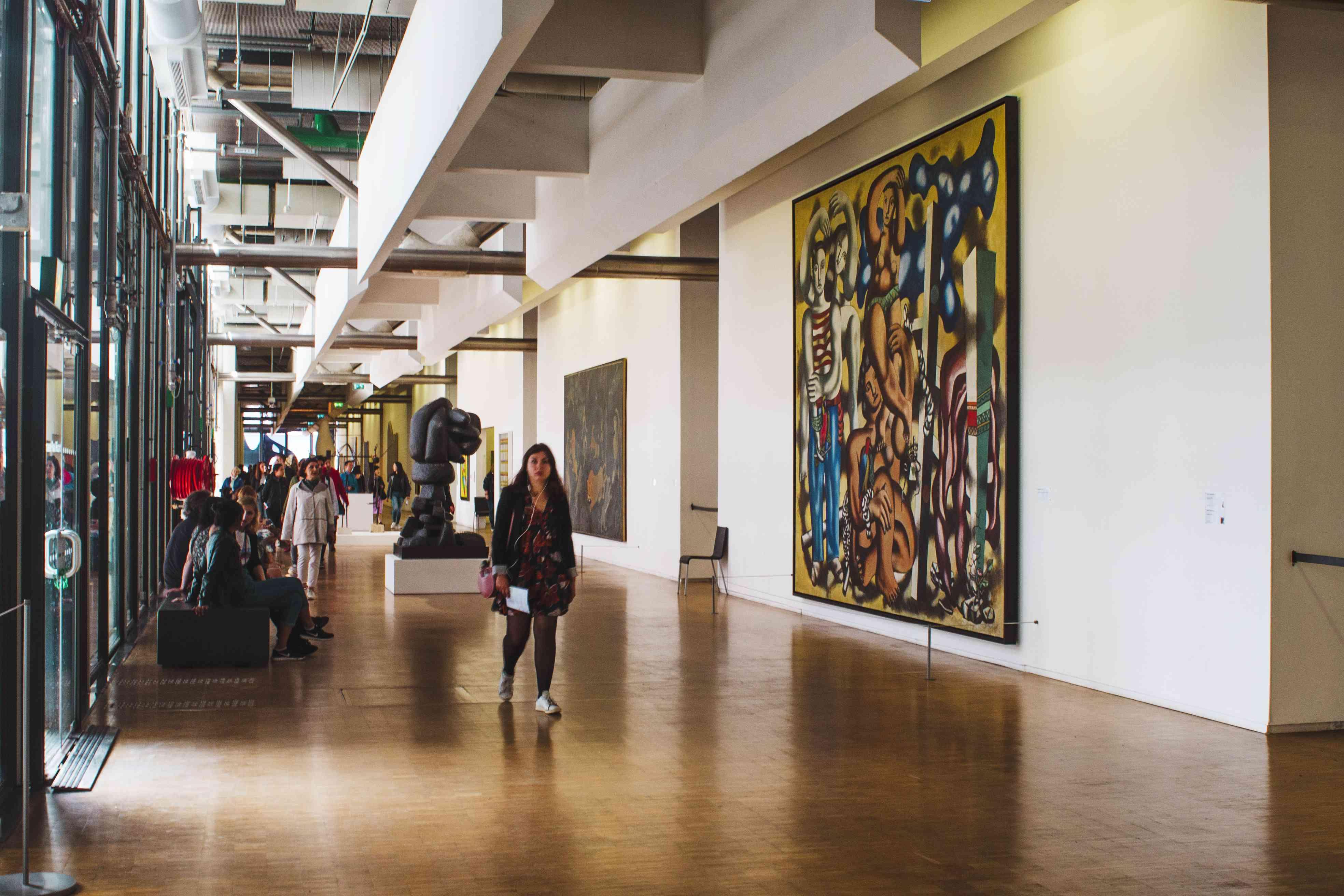 Modern And Postmodern Art Gallery