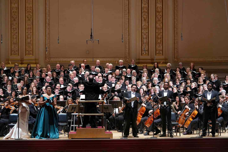 Oratorio Society of New York performing
