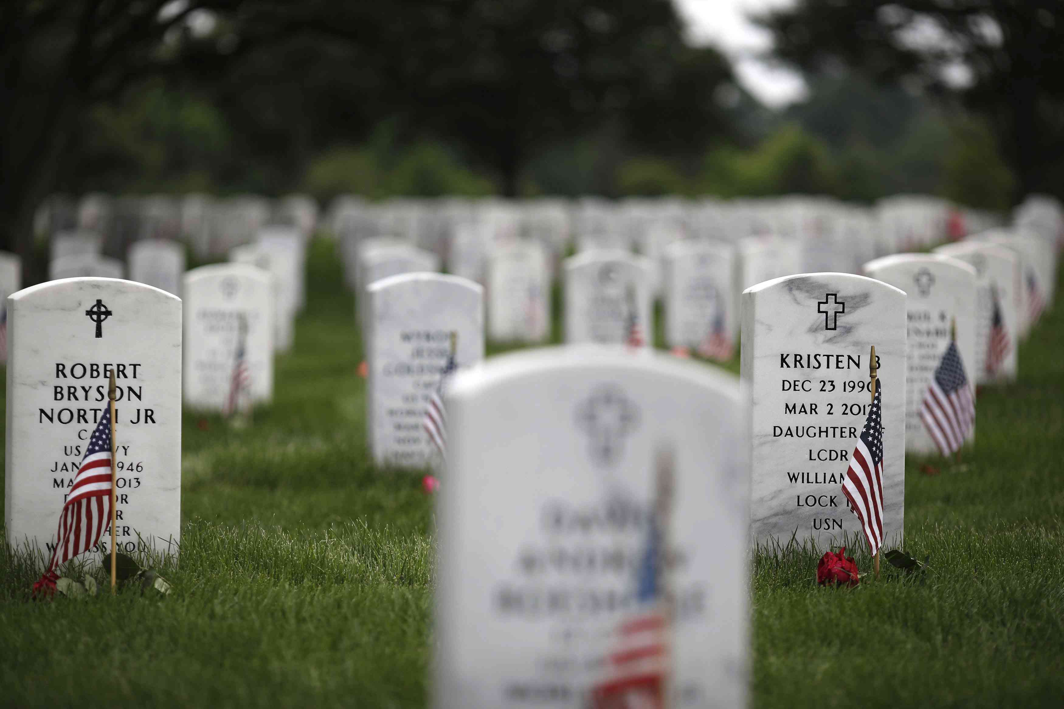 Memorial Day Visitors Pay Their Respects To The Fallen At Arlington Nat'l Cemetery