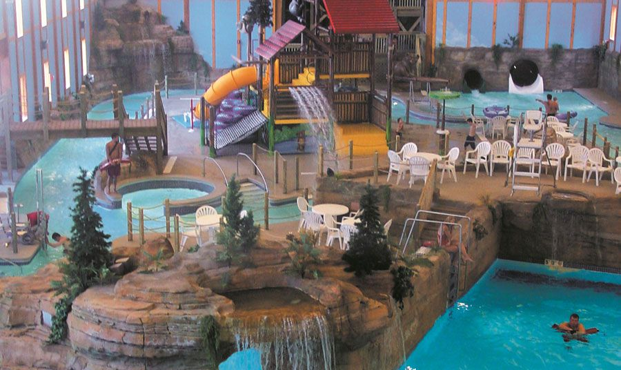 Grizzly Jack's Grand Bear indoor water park resort