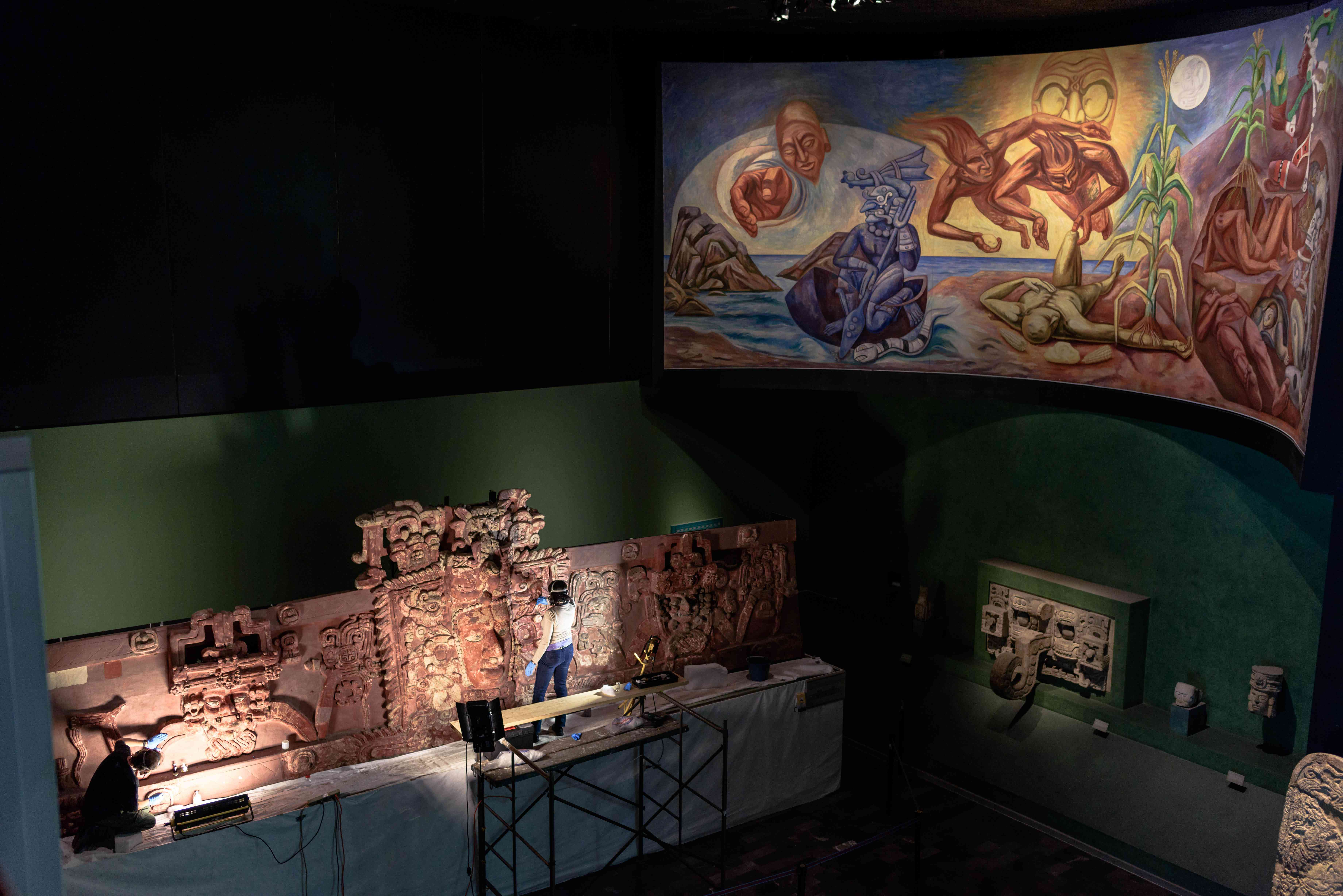Murals being restored in the Naitonal Athropology museum