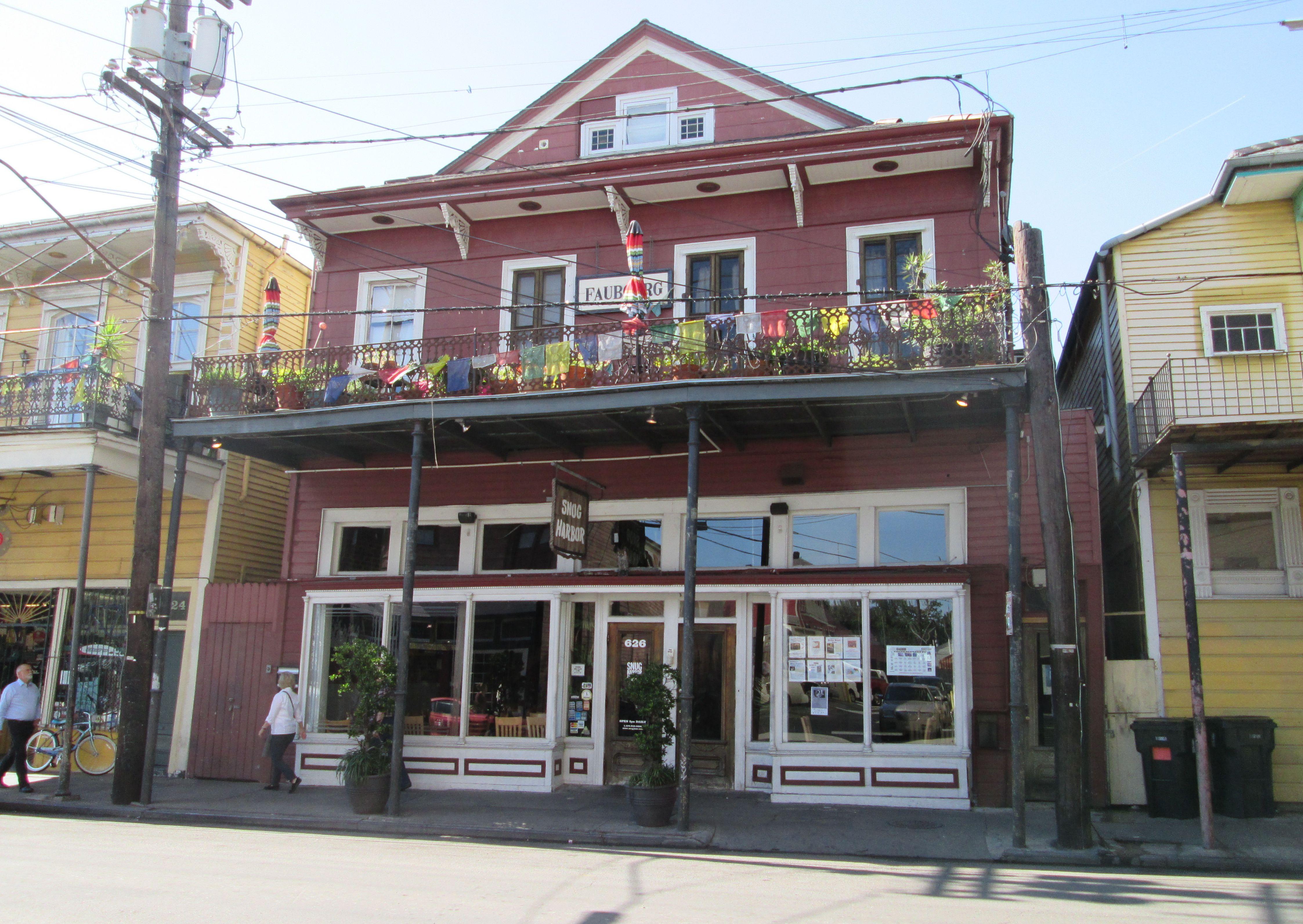Snug Harbour se encuentra en la famosa franja musical de Frenchmen Street