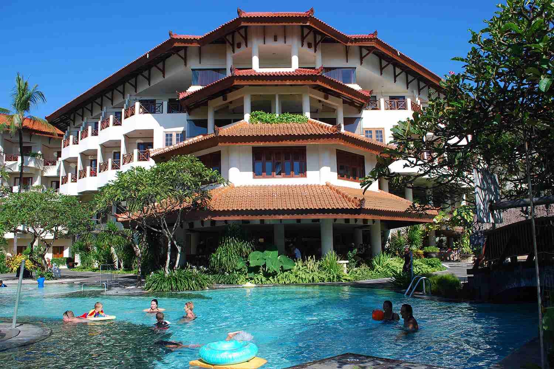 Grand Mirage swimming pool, Tanjung Benoa