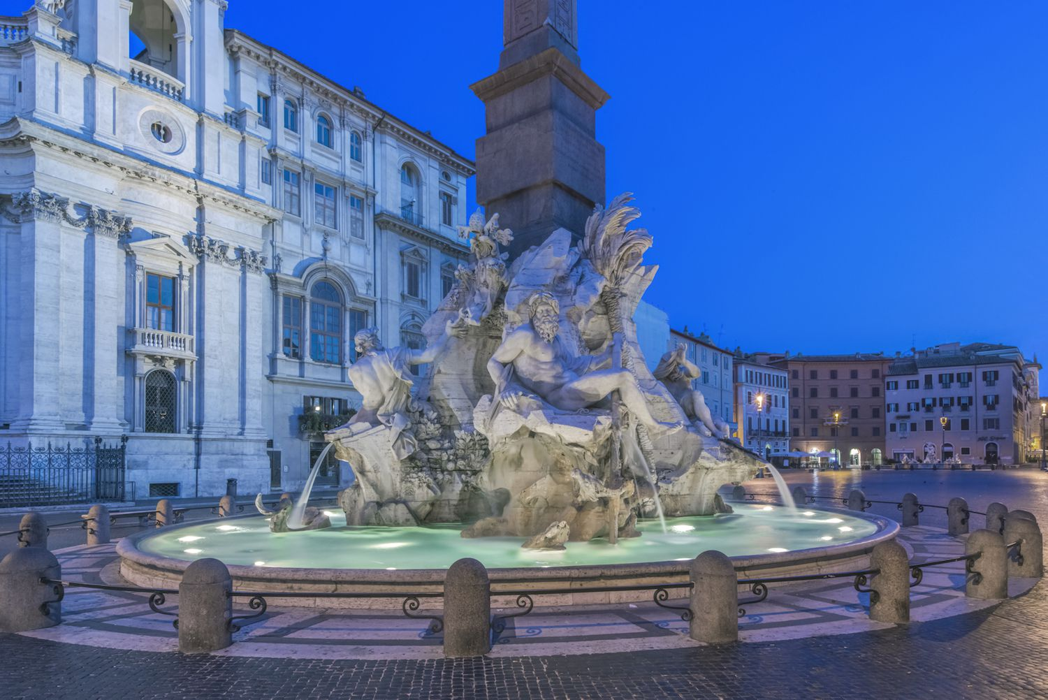 Walking Tour of Piazza Navona in Rome